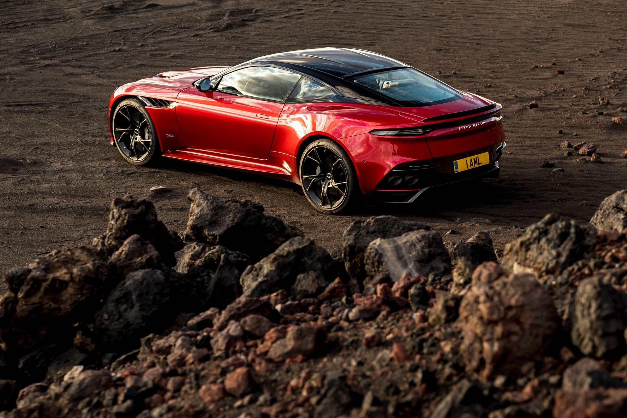 Aston Martin Dbs Superleggera Aston Martin Usa